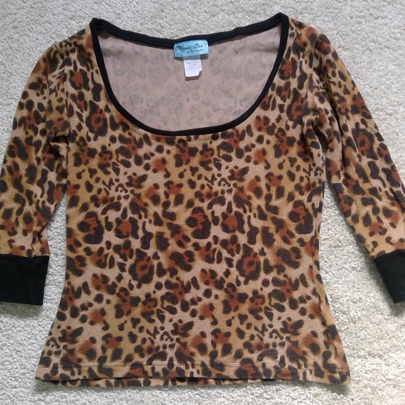 Heart of Haute Tops - Heart of Haute Leopard Print Tara Top